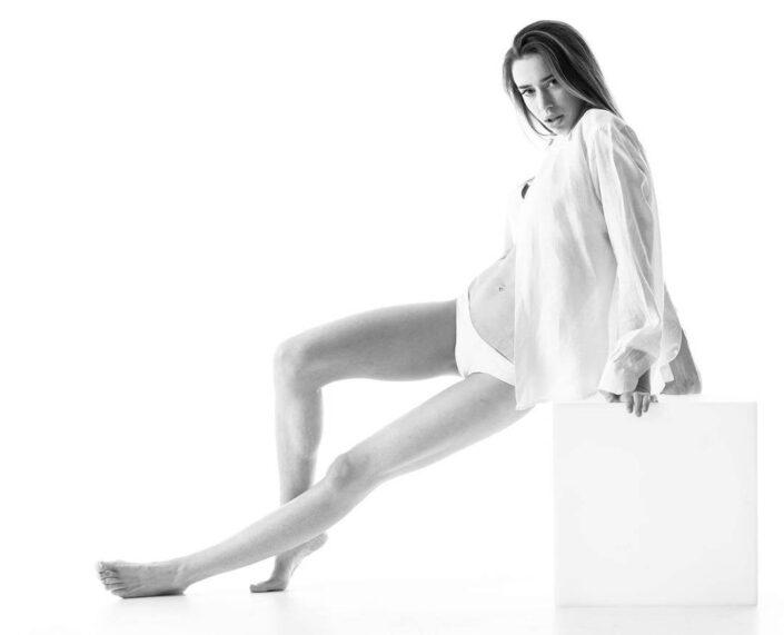 Modelle Brescia • IRENE C • Fotomodella Influencer, WOMEN, Beauty, E-Commerce, Fotomodella Legs / Hand, Top Models, Fotomodella Over 20, Intimo, Abiti da Sposa, Fittings