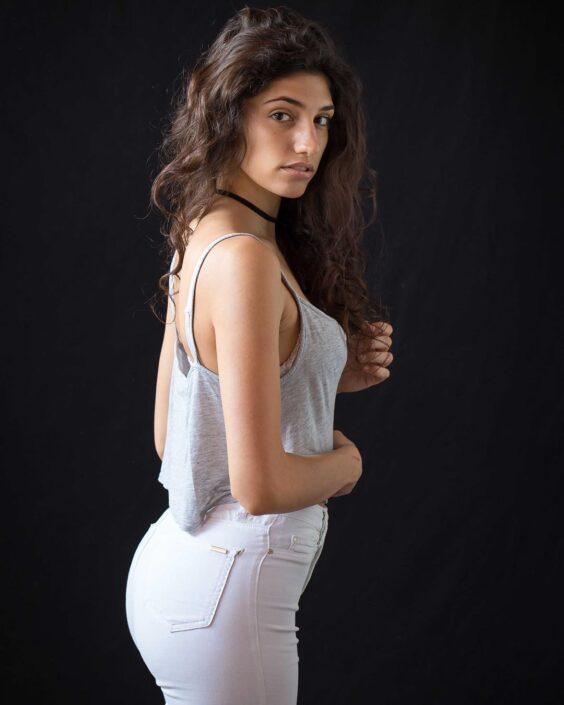 Modelle Brescia • NOEMI F • NEW FACES, Gambista, Beauty, Manista, Fotomodella Over 20, Fotomodello Under 18, Fittings, Fotomodella, Editoriali, Sfilate