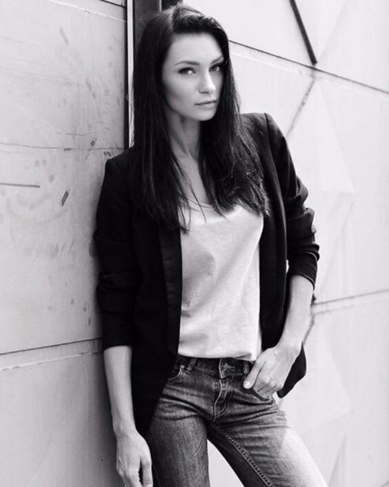 Modelle Brescia • ANNA GR • Fotomodella Influencer, WOMEN, Gambista, Beauty, Manista, E-Commerce, Fotomodella Legs / Hand, Top Models, Fotomodella Over 20, Intimo, Abiti da Sposa, Fittings