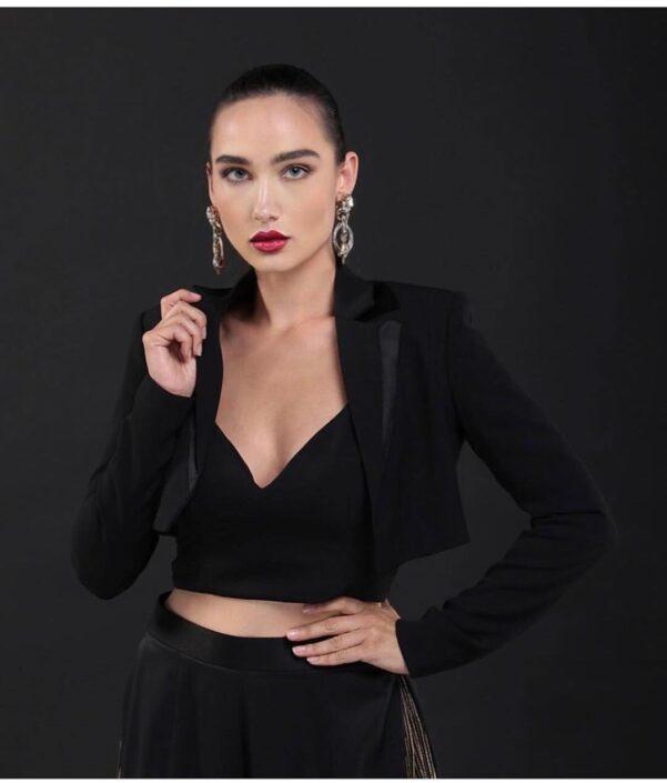 Modelle Brescia • OLGA P • WOMEN, E-Commerce, Fotomodella Legs / Hand, Top Models, Fotomodella Over 30, Intimo, Abiti da Sposa, Fittings