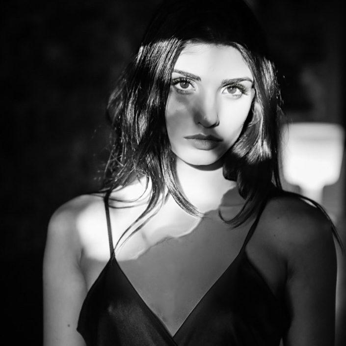 Modelle Brescia • CLAUDIA N • NEW FACES, Gambista, Beauty, Manista, Fotomodella Over 20, Fotomodello Under 18, Fittings, Fotomodella, Editoriali, Sfilate