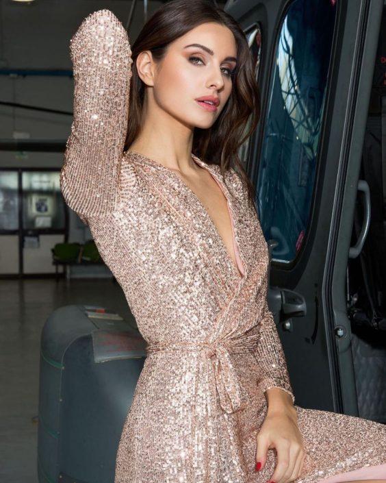 Modelle Brescia • CAMILLA D • WOMEN, Gambista, Beauty, Manista, E-Commerce, Fotomodella Legs / Hand, Top Models, Fotomodella Over 30, Fotomodella Over 20, Intimo, Abiti da Sposa, Fittings