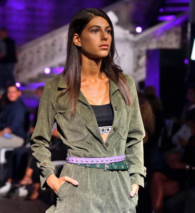 Modelle Brescia • MARIALAURA DV • Fotomodella Influencer, WOMEN, Gambista, Beauty, Manista, E-Commerce, Fotomodella Legs / Hand, Top Models, Fotomodella Over 30, Fotomodella Over 20, Intimo, Abiti da Sposa, Fittings