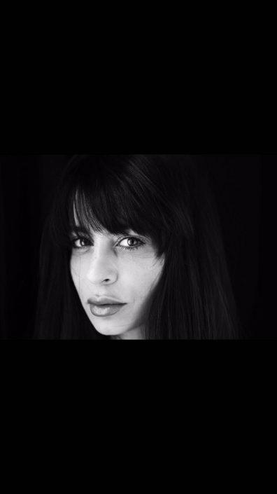 Modelle Brescia • PAOLA R • NEW FACES, Gambista, Beauty, Manista, Fotomodella Over 20, Fotomodello Under 18, Fittings, Fotomodella, Editoriali, Sfilate