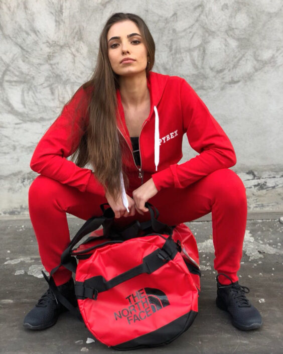Modelle Brescia • ALESSANDRA BO • NEW FACES, Gambista, Beauty, Manista, Fotomodella Over 20, Fotomodello Under 18, Fittings, Fotomodella, Editoriali, Sfilate