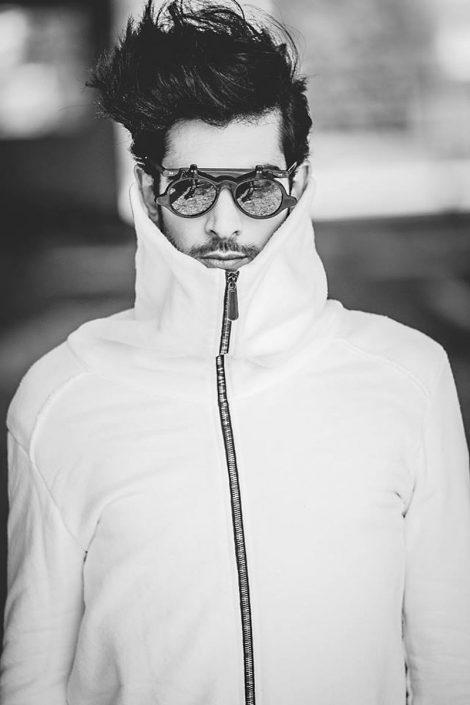 Modelle Brescia • Alexandros C • MEN, Manista, Fittings, Cataloghi, Editoriali, fotomodello, top model, abiti da sposo, Sfilate, LookBook, Fotomodello Uomo