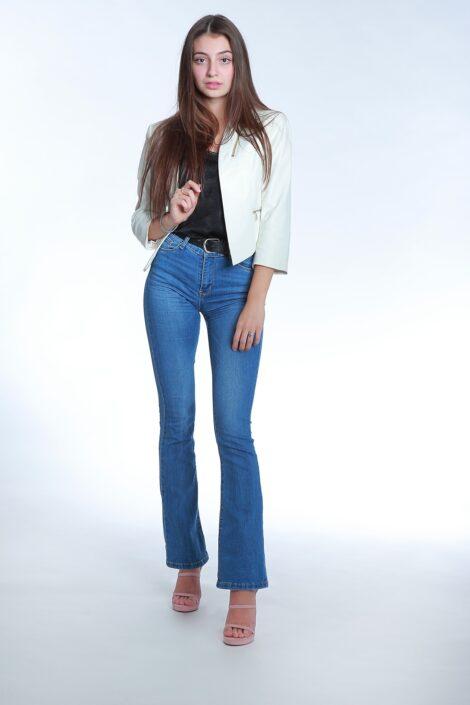 Modelle Brescia • ANGHELINA D • NEW FACES, Gambista, Beauty, Manista, Fotomodella Over 20, Fotomodello Under 18, Fittings, Fotomodella, Editoriali, Sfilate