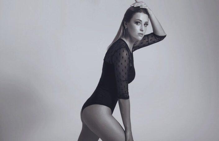 Modelle Brescia • ANNA A • NEW FACES, Gambista, Beauty, Manista, Fotomodella Over 20, Fotomodello Under 18, Fittings, Fotomodella, Editoriali, Sfilate