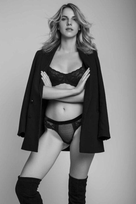 Modelle Brescia • BILJANA T • WOMEN, Gambista, Beauty, Manista, E-Commerce, Fotomodella Legs / Hand, Top Models, Fotomodella Over 30, Fotomodella Over 20, Intimo, Abiti da Sposa, Fittings