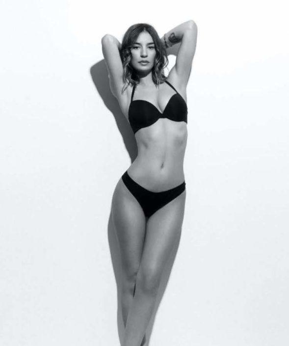 Modelle Brescia • CHIARA P • NEW FACES, Gambista, Beauty, Manista, Fotomodella Over 20, Fotomodello Under 18, Fittings, Fotomodella, Editoriali, Sfilate