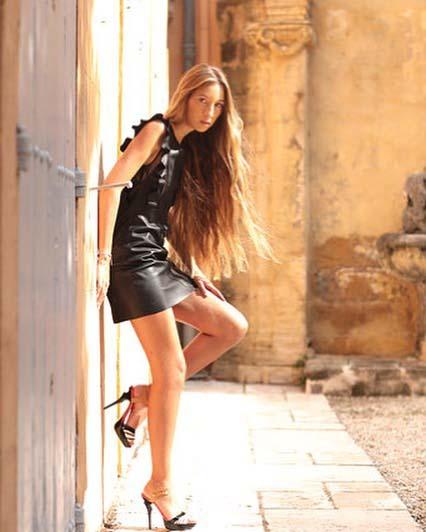 Modelle Brescia • CLARA RB • NEW FACES, Gambista, Beauty, Manista, Fotomodella Over 20, Fotomodello Under 18, Fittings, Fotomodella, Editoriali, Sfilate