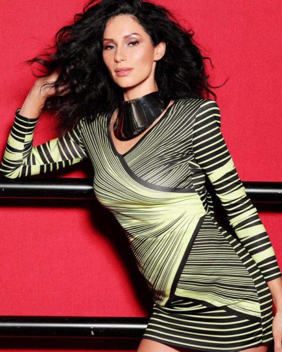 Modelle Brescia • CRISTIANE M • WOMEN, Beauty, E-Commerce, Fotomodella Legs / Hand, Fotomodella Over 30, Intimo, Abiti da Sposa, Fittings