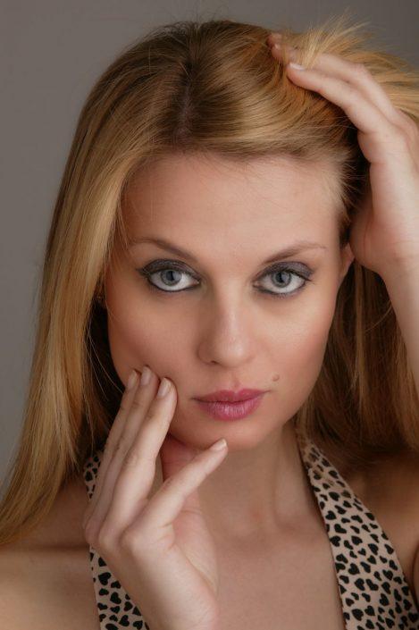 Modelle Brescia • CRISTINA T • WOMEN, Gambista, Beauty, Manista, E-Commerce, Fotomodella Legs / Hand, Top Models, Fotomodella Over 30, Intimo, Abiti da Sposa, Fittings