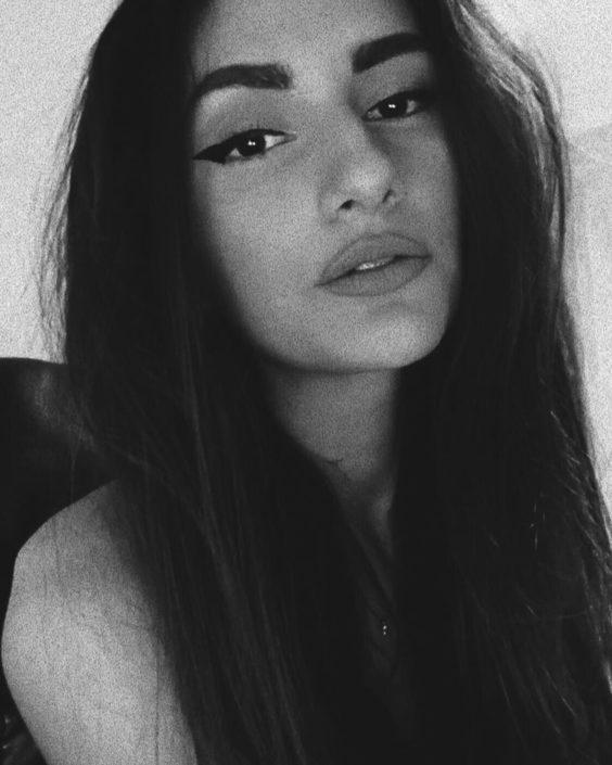 Modelle Brescia • DANIELA M • NEW FACES, Gambista, Beauty, Manista, Fotomodella Over 20, Fotomodello Under 18, Fittings, Fotomodella, Editoriali, Sfilate