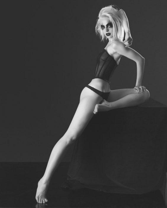 Modelle Brescia • Daria K • DEVELOPMENT, Gambista, Beauty, Manista, E-Commerce, Fotomodella Legs / Hand, Top Models, Fotomodella Over 30, Fotomodella Over 20, Intimo, Abiti da Sposa, Fittings