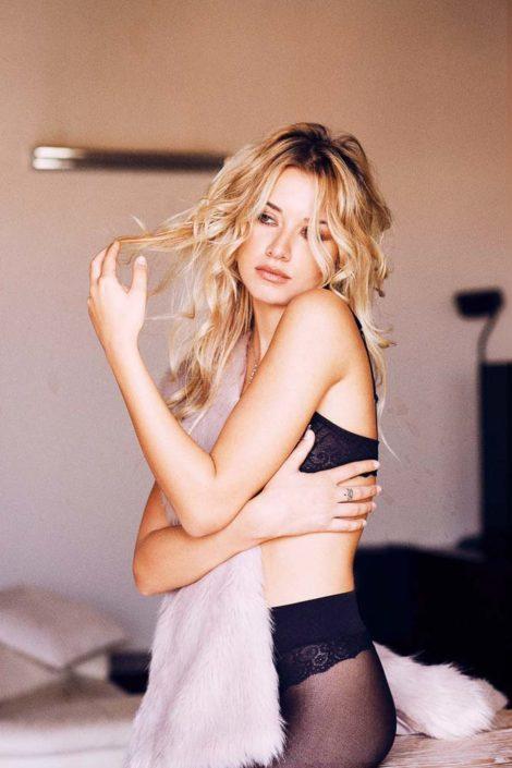 Modelle Brescia • DESIREE' S • NEW FACES, Gambista, Beauty, Manista, Fotomodella Over 20, Fotomodello Under 18, Fittings, Fotomodella, Editoriali, Sfilate