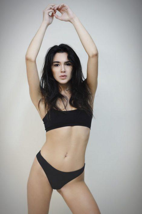 Modelle Brescia • Desiree M • NEW FACES, Gambista, Beauty, Manista, Fotomodella Over 20, Fotomodello Under 18, Fittings, Fotomodella, Editoriali, Sfilate