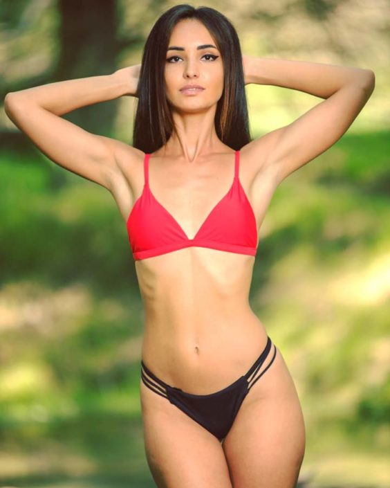 Modelle Brescia • DIANA P • NEW FACES, Gambista, Beauty, Manista, Fotomodella Over 20, Fotomodello Under 18, Fittings, Fotomodella, Editoriali, Sfilate