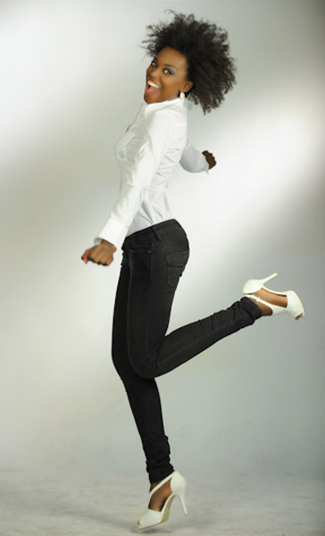 Modelle Brescia • Elaine D • DEVELOPMENT, Beauty, E-Commerce, Fotomodella Legs / Hand, Fotomodella Di Colore, Fotomodella Over 20, Top Models di Colore, Intimo, Abiti da Sposa, Fittings