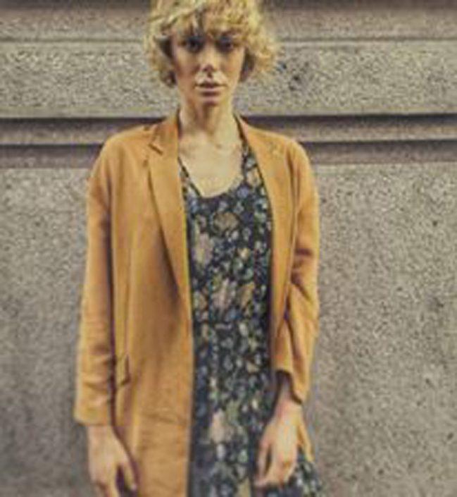 Modelle Brescia • ELENA B • WOMEN, Gambista, Beauty, Manista, E-Commerce, Fotomodella Legs / Hand, Fotomodella Over 30, Intimo, Abiti da Sposa, Fittings