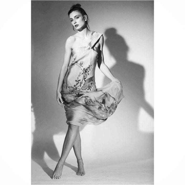Modelle Brescia • ELISA CO • DEVELOPMENT, Gambista, Beauty, Manista, E-Commerce, Fotomodella Legs / Hand, Top Models, Fotomodella Over 30, Fotomodella Over 20, Intimo, Abiti da Sposa, Fittings