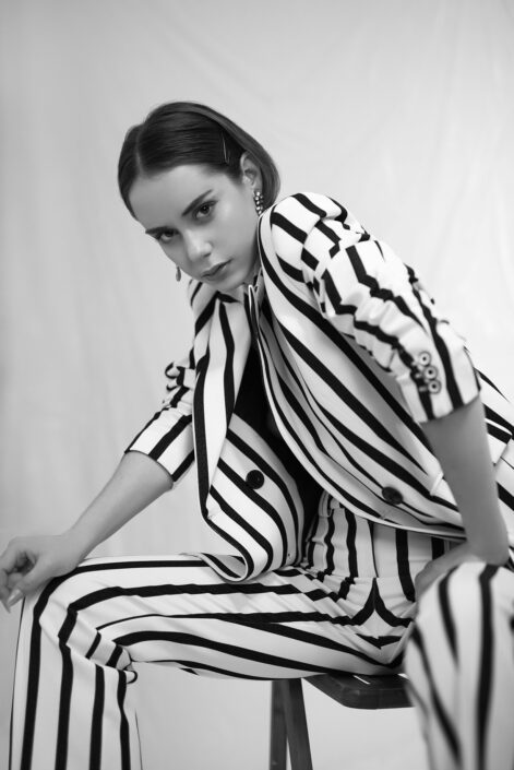 Modelle Brescia • ESTELA F • Fotomodella Influencer, WOMEN, Gambista, Beauty, Manista, E-Commerce, Fotomodella Legs / Hand, Top Models, Fotomodella Over 30, Fotomodella Over 20, Intimo, Abiti da Sposa, Fittings