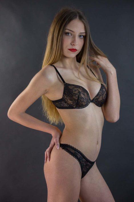 Modelle Brescia • FEDERICA L • NEW FACES, Gambista, Beauty, Manista, Fotomodella Over 20, Fotomodello Under 18, Fittings, Fotomodella, Editoriali, Sfilate