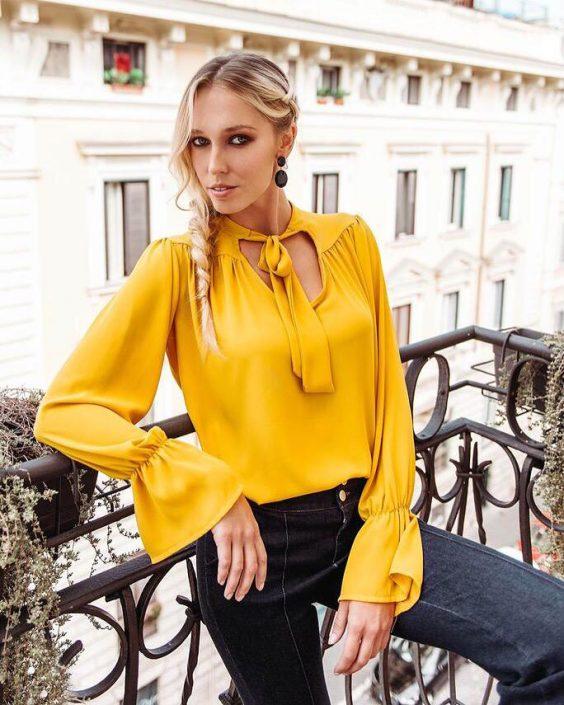 Modelle Brescia • MONIKA K • WOMEN, Gambista, Beauty, Manista, E-Commerce, Fotomodella Legs / Hand, Top Models, Fotomodella Over 30, Intimo, Abiti da Sposa, Fittings