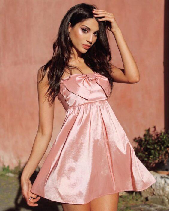 Modelle Brescia • GIADA C • DEVELOPMENT, Gambista, Beauty, Manista, E-Commerce, Fotomodella Legs / Hand, Top Models, Fotomodella Over 30, Fotomodella Over 20, Intimo, Abiti da Sposa, Fittings