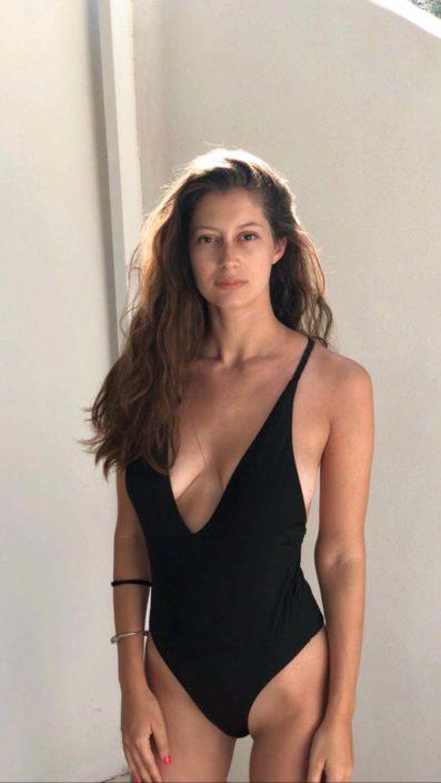 Modelle Brescia • GIULIA C • WOMEN, Gambista, Beauty, Manista, E-Commerce, Fotomodella Legs / Hand, Top Models, Fotomodella Over 30, Intimo, Abiti da Sposa, Fittings