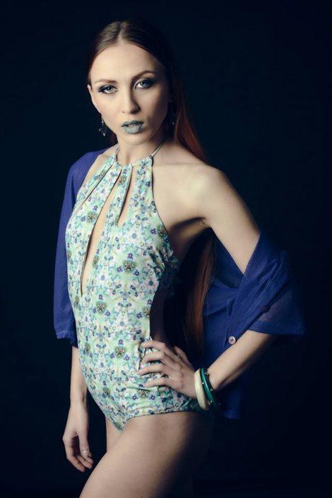Modelle Brescia • GIULIA R • Fotomodella Influencer, WOMEN, Gambista, Beauty, Manista, E-Commerce, Fotomodella Legs / Hand, Top Models, Fotomodella Over 30, Fotomodella Over 20, Intimo, Abiti da Sposa, Fittings