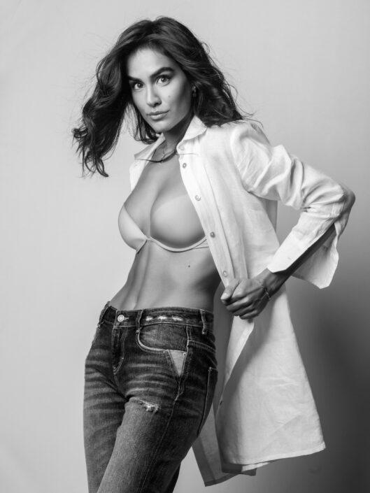 Modelle Brescia • CAROLA B • WOMEN, Gambista, Beauty, Manista, E-Commerce, Fotomodella Legs / Hand, Top Models, Fotomodella Over 30, Fotomodella Over 20, Intimo, Abiti da Sposa, Fittings