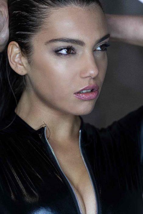 Modelle Brescia • ILARIA D • WOMEN, Gambista, Beauty, Manista, E-Commerce, Fotomodella Legs / Hand, Top Models, Fotomodella Over 30, Fotomodella Over 20, Intimo, Abiti da Sposa, Fittings