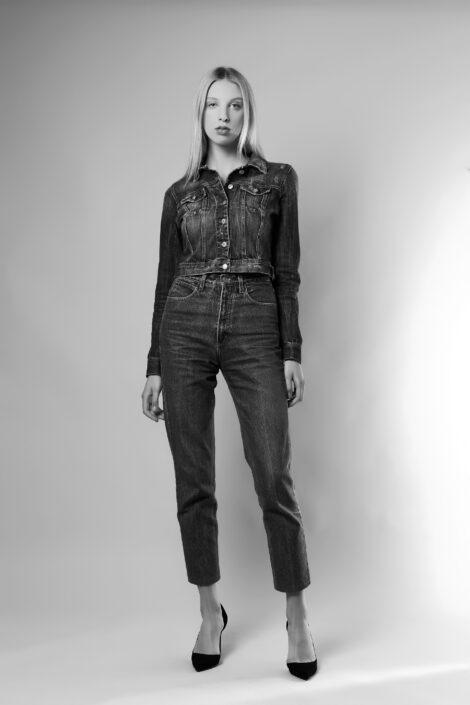 Modelle Brescia • KAROLINA K • Fotomodella Influencer, WOMEN, Gambista, Beauty, Manista, Catalogo, E-Commerce, Sfilata, Top Models, Fotomodella Over 20, Intimo, Abiti da Sposa, Fittings