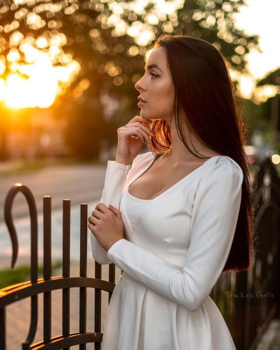 Modelle Brescia • KAROLINA P • WOMEN, Gambista, Beauty, Manista, E-Commerce, Fotomodella Legs / Hand, Top Models, Fotomodella Over 20, Intimo, Abiti da Sposa, Fittings