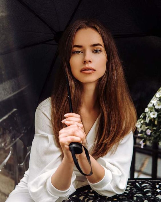 Modelle Brescia • KAROLINE L • NEW FACES, Gambista, Beauty, Manista, Fotomodella Over 20, Fotomodello Under 18, Fittings, Fotomodella, Editoriali, Sfilate