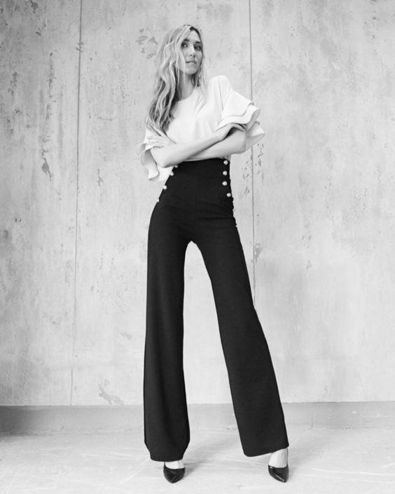 Modelle Brescia • KATERINA P • WOMEN, Gambista, Beauty, Manista, E-Commerce, Fotomodella Legs / Hand, Top Models, Fotomodella Over 30, Fotomodella Over 20, Intimo, Abiti da Sposa, Fittings