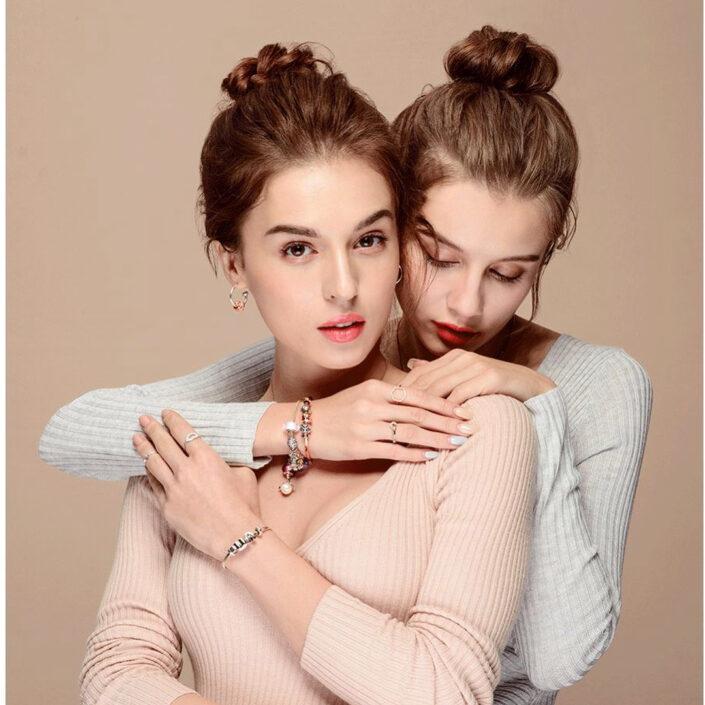 Modelle Brescia • KRISTINA G • Fotomodella Influencer, WOMEN, Gambista, Beauty, Manista, E-Commerce, Top Models, Fotomodella Over 30, Intimo, Abiti da Sposa, Fittings