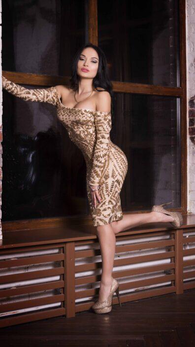 Modelle Brescia • KRISTINA K • DEVELOPMENT, Gambista, Beauty, Manista, E-Commerce, Fotomodella Legs / Hand, Top Models, Fotomodella Over 30, Fotomodella Over 20, Intimo, Abiti da Sposa, Fittings