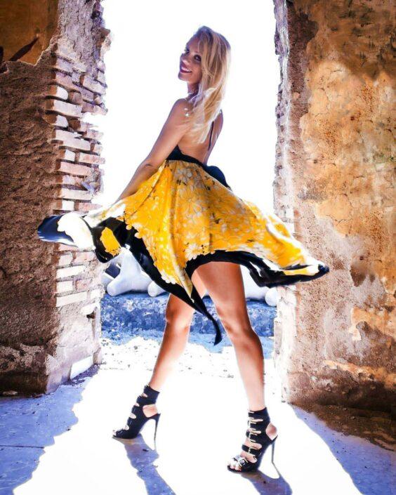 Modelle Brescia • Lada P • DEVELOPMENT, Gambista, Beauty, Manista, E-Commerce, Fotomodella Legs / Hand, Top Models, Fotomodella Over 30, Fotomodella Over 20, Intimo, Abiti da Sposa, Fittings