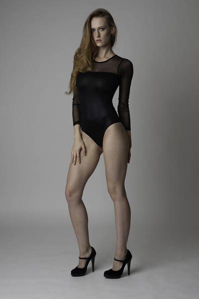 Modelle Brescia • Luiza M • DEVELOPMENT, Gambista, Beauty, Manista, E-Commerce, Fotomodella Legs / Hand, Top Models, Fotomodella Over 30, Fotomodella Over 20, Intimo, Abiti da Sposa, Fittings