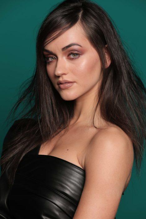 Modelle Brescia • MAEVE B • NEW FACES, Gambista, Beauty, Manista, Fotomodella Over 20, Fotomodello Under 18, Fittings, Fotomodella, Editoriali, Sfilate