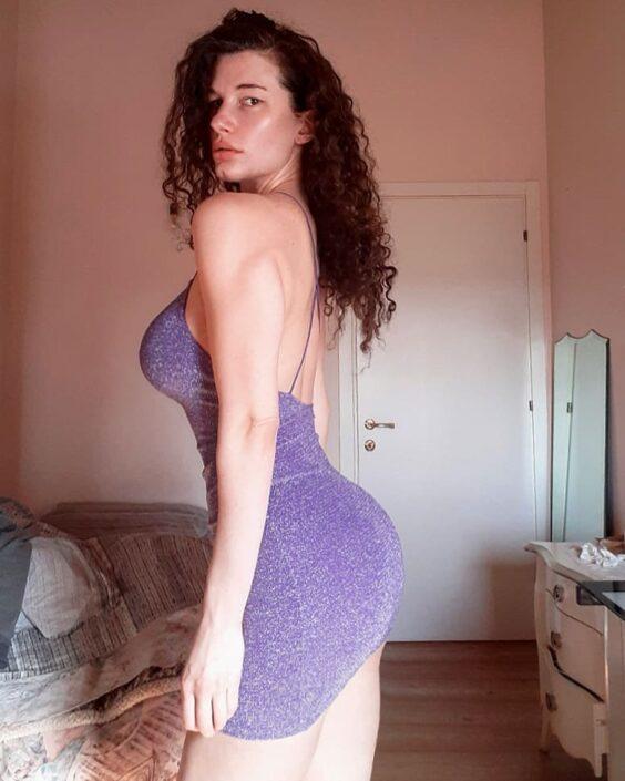 Modelle Brescia • MARIA V • DEVELOPMENT, Beauty, E-Commerce, Fotomodella Legs / Hand, Fotomodella Over 30, Fotomodella Over 20, Intimo, Abiti da Sposa, Fittings