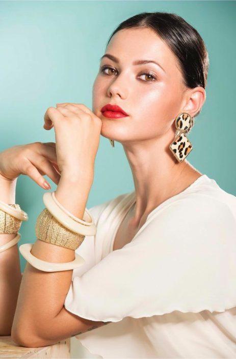 Modelle Brescia • MARIANA O • Fotomodella Influencer, WOMEN, Gambista, Beauty, Manista, E-Commerce, Fotomodella Legs / Hand, Top Models, Fotomodella Over 30, Fotomodella Over 20, Intimo, Abiti da Sposa, Fittings