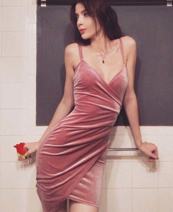 Modelle Brescia • MARIENNE V • Fotomodella Influencer, WOMEN, Gambista, Beauty, Manista, E-Commerce, Fotomodella Legs / Hand, Top Models, Fotomodella Over 30, Fotomodella Over 20, Intimo, Abiti da Sposa, Fittings