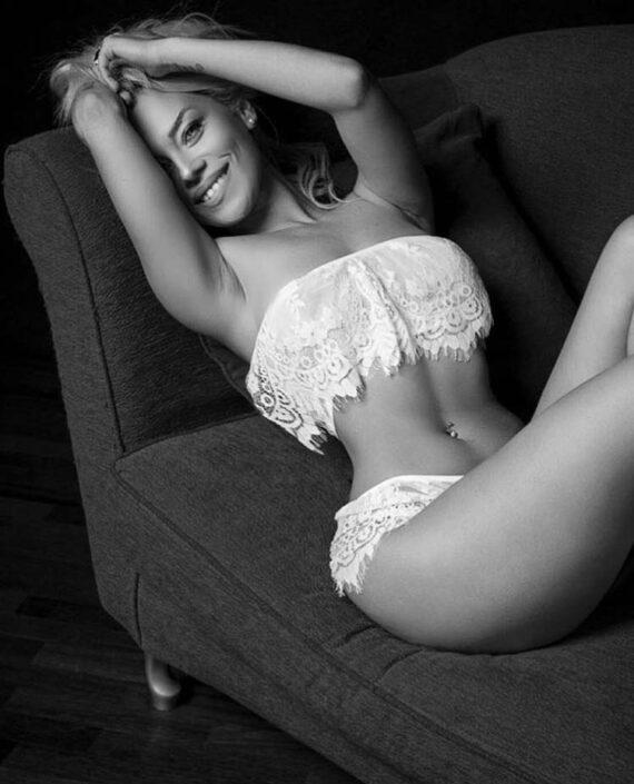 Modelle Brescia • MARIKA E • DEVELOPMENT, Beauty, E-Commerce, Top Models, Fotomodella Over 30, Intimo, Abiti da Sposa, Fittings