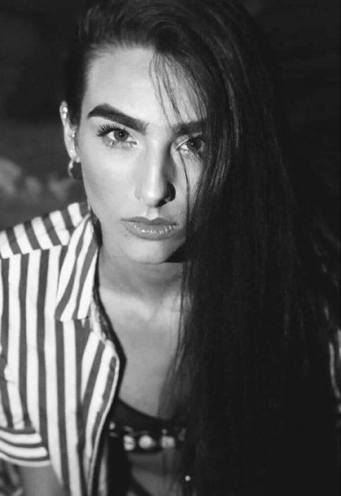 Modelle Brescia • MARIKA S • WOMEN, Gambista, Beauty, Manista, E-Commerce, Fotomodella Legs / Hand, Top Models, Fotomodella Over 30, Fotomodella Over 20, Intimo, Abiti da Sposa, Fittings