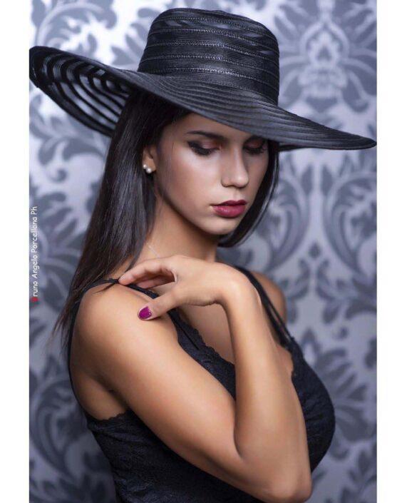 Modelle Brescia • MARISA C • DEVELOPMENT, Gambista, Beauty, Manista, E-Commerce, Fotomodella Legs / Hand, Top Models, Fotomodella Over 30, Fotomodella Over 20, Intimo, Abiti da Sposa, Fittings