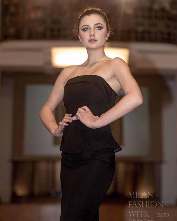 Modelle Brescia • MARTA SB • NEW FACES, Gambista, Beauty, Manista, Fotomodella Over 20, Fotomodello Under 18, Fittings, Fotomodella, Editoriali, Sfilate