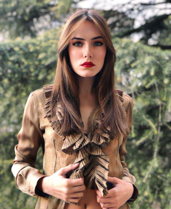 Modelle Brescia • MARTINA R • DEVELOPMENT, Gambista, Beauty, Manista, E-Commerce, Fotomodella Legs / Hand, Top Models, Fotomodella Over 30, Fotomodella Over 20, Intimo, Abiti da Sposa, Fittings